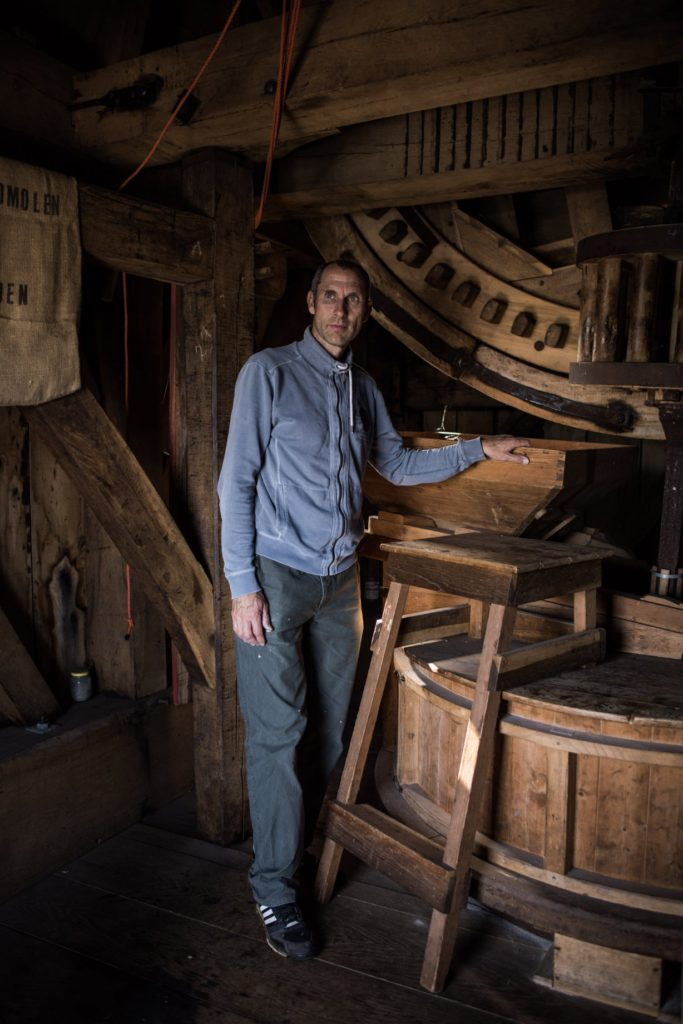 Geluk in de vesting Heusden, foto van molenaar René Bax door Jasper van Bladel